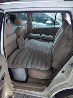 汽車後座充氣床,包埋電泵,兩個吹氣枕頭