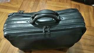 實用真皮手提袋leather briefcase