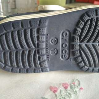 Crocs sandal Ori kanak2 terpakai size C 11