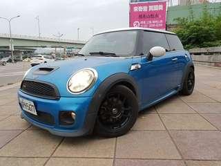 【廠牌】: Mini 【型式】: Cooper S 耀眼藍黑內裝 【年份】:2008年 【排氣量】:1.6L 【檔位】:手自排  【售價】:58萬 誠意要買 看車詳談 【地區】: 士林  【車況】: 渦輪 JCW排氣管 JCW進氣系統 正Enkei圈 跑胎 實跑144572Km 📲Line:King09091988       Fb私訊 Jin Ming