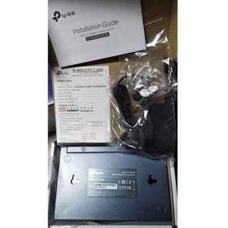 tp-link 8埠 專業級Gigabit 交換器 TL-SG108  有盒, 火牛, 使用説明, 保用証, 膠腳, 全新(以開盒做過測試完全正常)