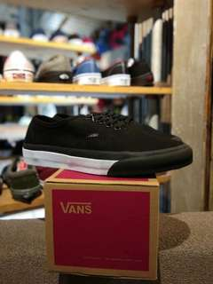 vans authentic mono (bumper) black/true white