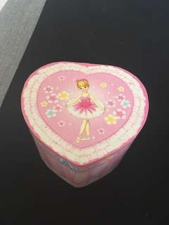 JI musical box ballet heart pink