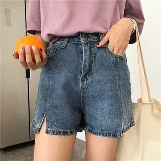 三色/韓國款高腰復古小開衩牛仔短褲