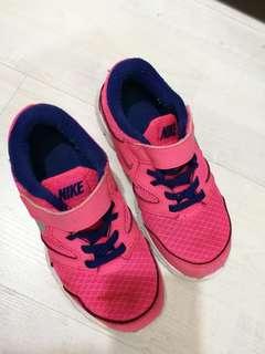 Girl Nike sport shoe