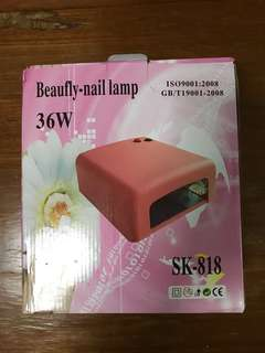 Manicure UV lamp