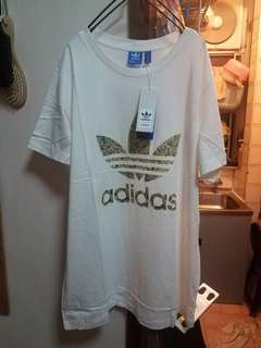 Adidas寬鬆長身上衣 T-shirt
