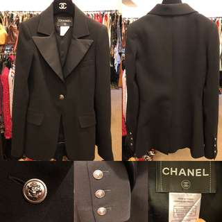 Chanel black jacket size 34