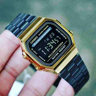 "Casio Vintage ""black and Gold"""