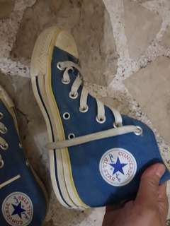 Pre loved Old School Converse highcut