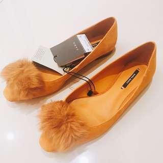 🚚 Zara毛毛鞋子