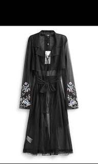 BNWT BCBG Netted Embroidered Trench Coat