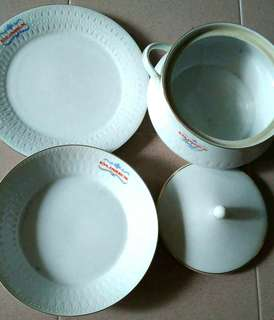 Dumex vintage plates and bowls