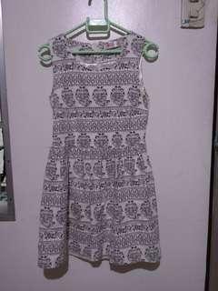 Printed dress 8-10 yo