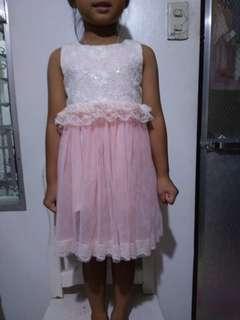 Lacy dress 4-6yo