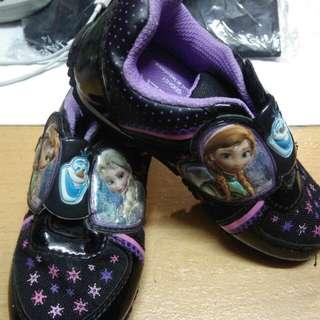 Sepatu anak perempuan disney