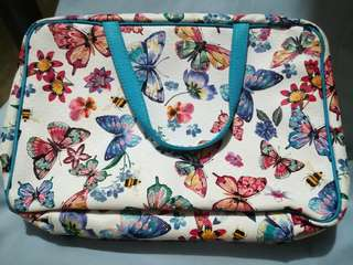 Preloved Mary Kay cosmetics travel bag