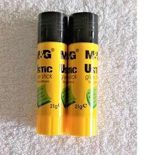 Guarantee Cheapest! Brand New Glue Stick (21g) x 2pcs @ $1.20