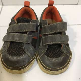 Babygap 2Y boy shoes