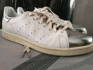 Adidas stan smith (original) limited edisi