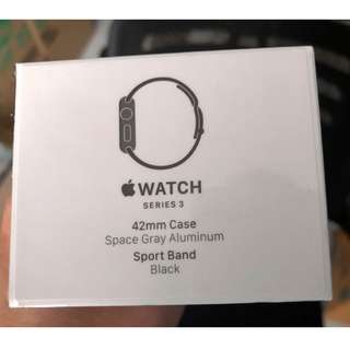 Apple Watch Series 3, 42mm (Space Gray Aluminium) Sport Band Black (GPS)