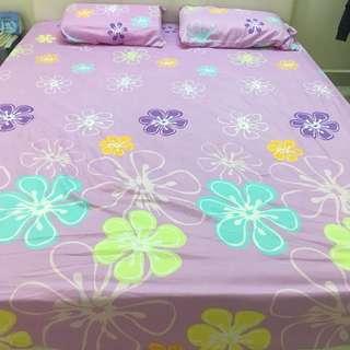 Purple bedsheet