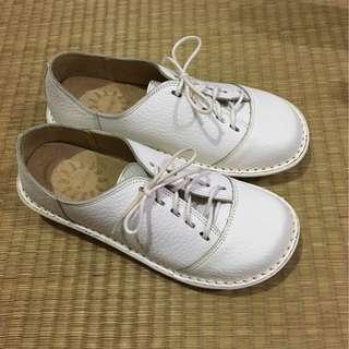🚚 白色厚底護士鞋學生鞋8號