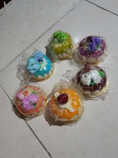 Cake squishy: the drizzle collection