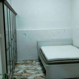Room in Landed Propery near Beauty World Mrt Station