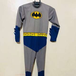 Batman Costume - size XL; good for 9-10 yrs old