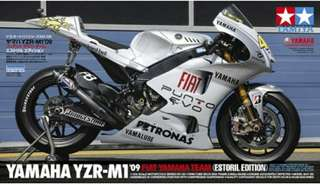 YAMAHA 1:12 Scale YZR-M1 09 FIAT YAMAHA TEAM - ESTORIL EDITION 14120