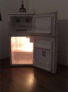 Medium size fridge with freezer in great working condition