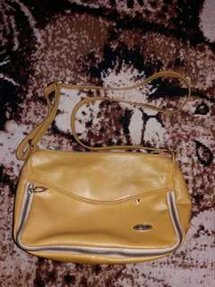 Preloved tas elizabeth