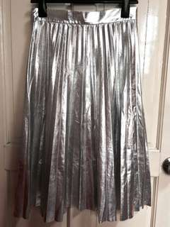 Zara Silver Metallic Pleated Mid Skirt