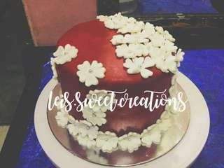 CUSTOMIZED 1-TIER FONDANT CAKE