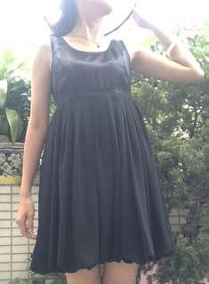 🚚 Yi黑色小禮服