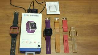 Fitbit Blaze watch complete set with original small size purple strap, also includes 5 OEM straps as shown and a new extra silver frame