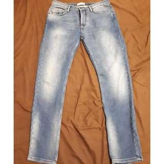 🚚 ZARA布料窄管刺繡牛仔褲