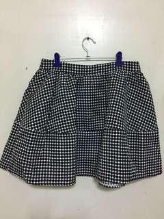 Black and White Bubble Skirt