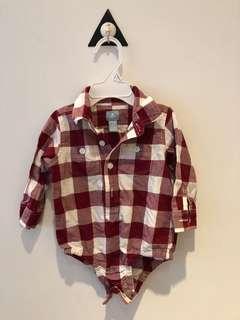 🚚 全新(6-12M)。baby Gap長袖襯衫包屁衣