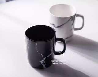 Marble pattern couple Mug
