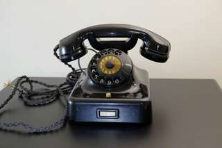 Antique Dial Phone Siemens W38 (1949 or 1950)