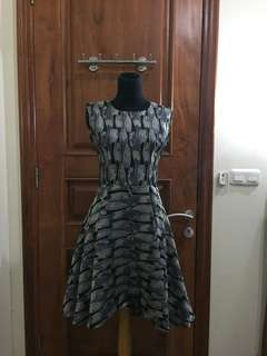 Leaf Pattern Jacquard Dress