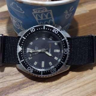 Jam Seiko Diver 7002700A