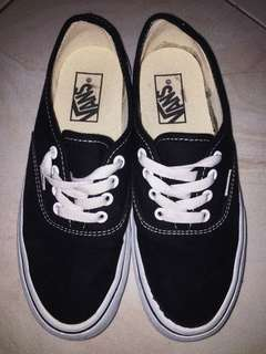 Vans Authentic Classic Black and White