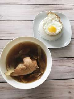 Herbal Chicken Soup - Home cook food delivery