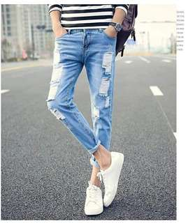 MEN TATTERED JEANS 28-34 (EO)