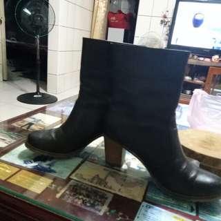 🚚 阿瘦馬靴