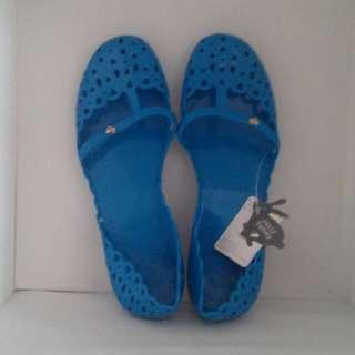 Jelly Bunny Flat shoes Slip On Brand New Hello Kitty Crocs Case