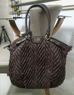 Authentic COACH F18634 Madison Quilted
